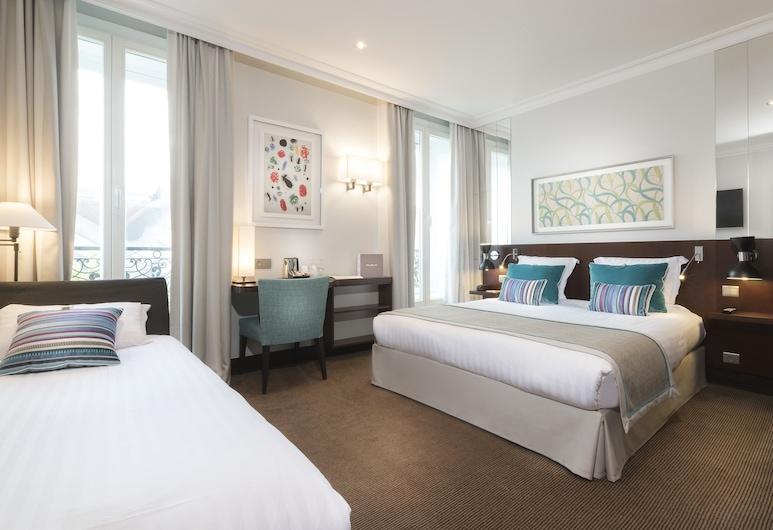 몽플류리 호텔, 파리, 디럭스 트리플룸, 객실