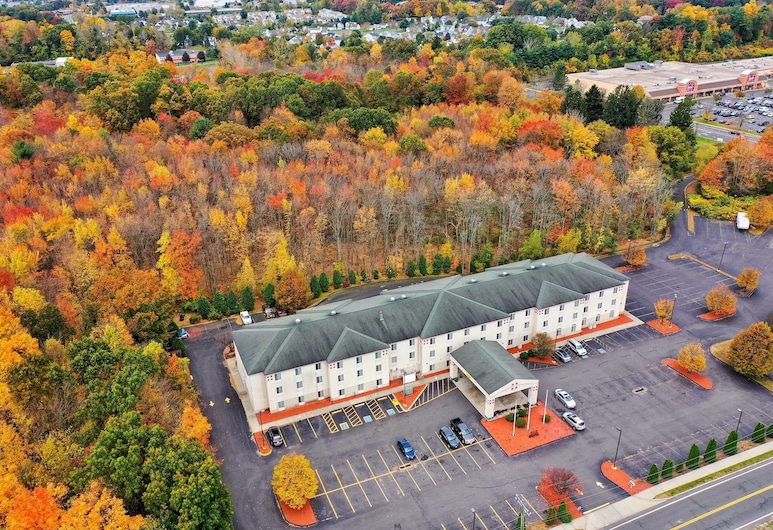 Manchester Inn and Suites, Manchester
