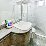 Executive Suite, 1 Double Bed - Bathroom