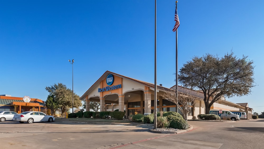 Best Western Irving Inn Suites At Dfw Airport
