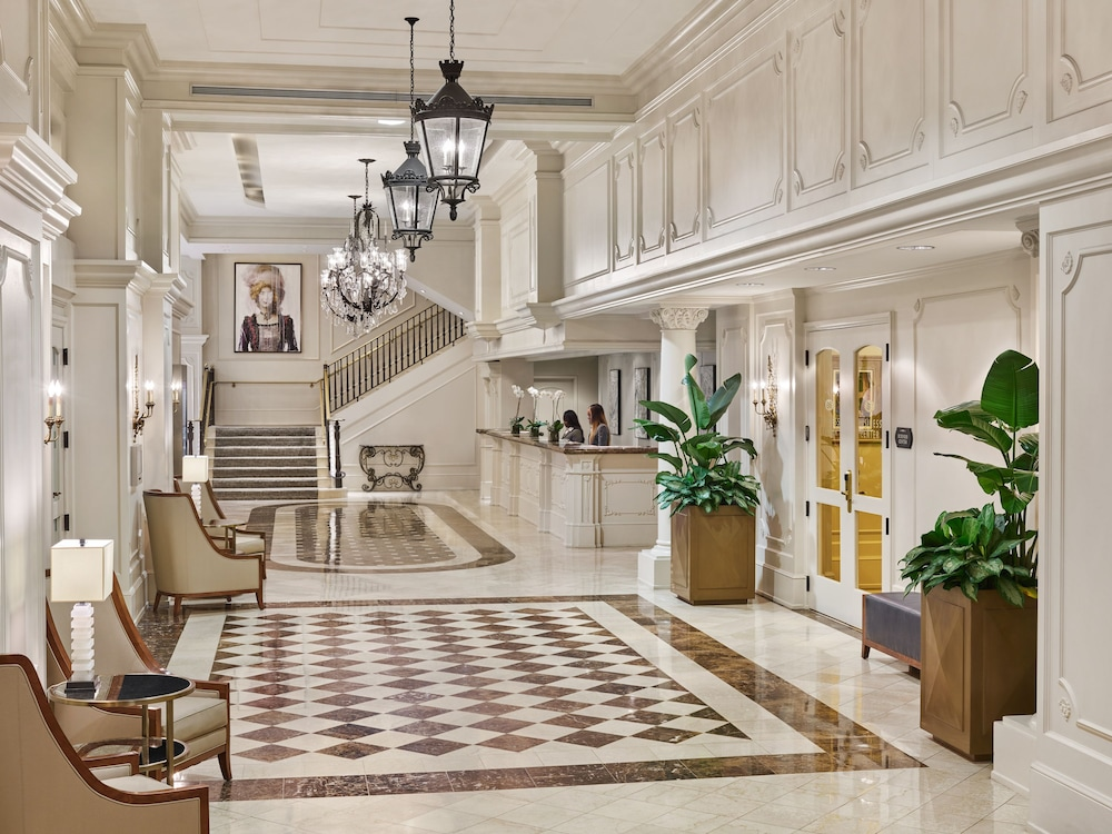 Book Astor Crowne Plaza New Orleans In New Orleans