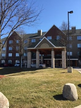 Picture of Country Inn & Suites By Carlson, Novi, MI in Novi