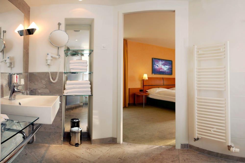 Standardværelse - 2 enkeltsenge - Badeværelse