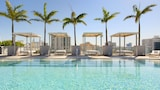 Choose This 4 Star Hotel In Miami Beach