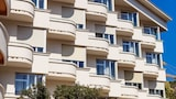 Book this Parking available Hotel in Antibes