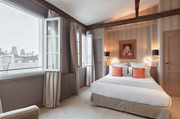 Picture of Hotel Pas De Calais in Paris