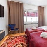 Twin Room, Private Bathroom - Living Area