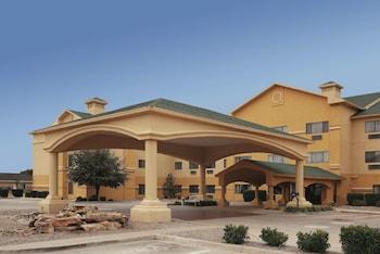 Picture of La Quinta Inn & Suites by Wyndham Clovis NM in Clovis