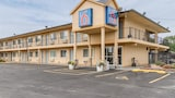 Book this Parking available Hotel in Oshkosh
