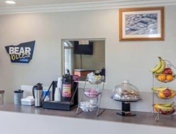 Introduce las fechas para ver los descuentos de hoteles en Victorville