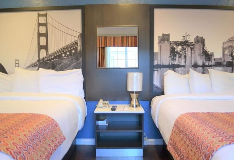 Super 8 by Wyndham San Francisco/Near the Marina, San Francisco, Standard Room, 2 Double Beds, Guest Room