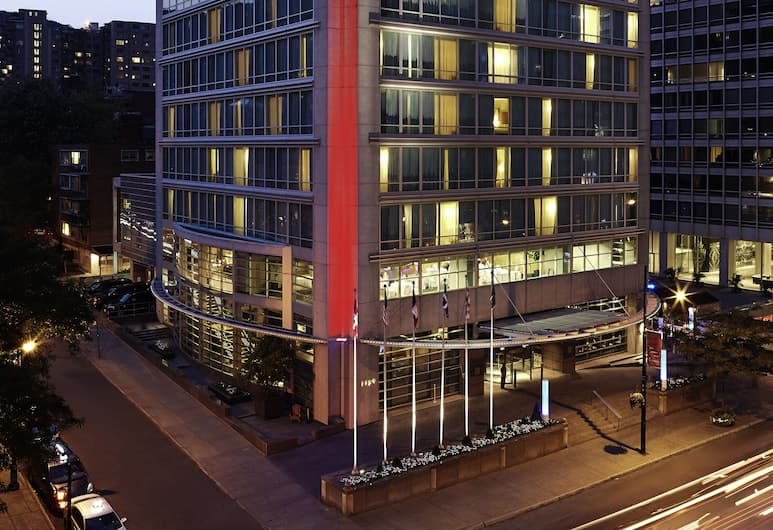 Sofitel Montreal Golden Mile, Montreal, Hotel Front – Evening/Night