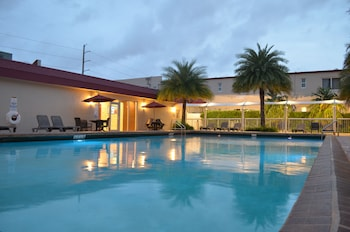 Picture of Ramada by Wyndham Miami Springs/Miami International Airport in Miami Springs