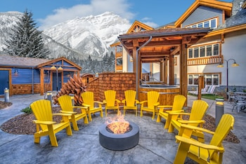 Picture of Canalta Lodge in Banff