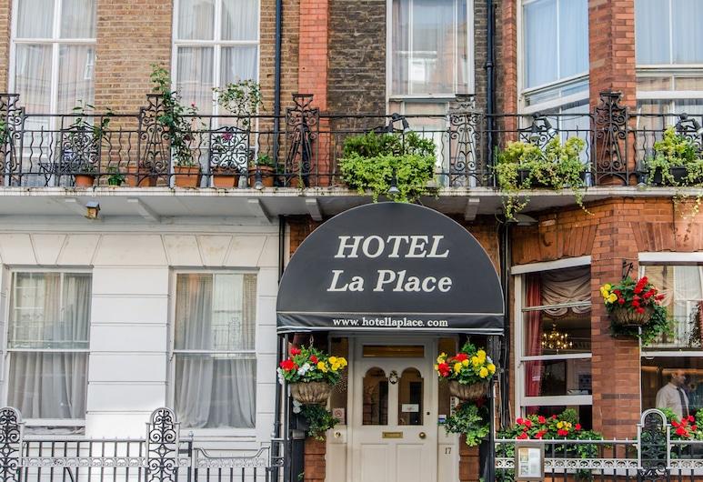 Hotel La Place, Londonas, Įėjimas į viešbutį