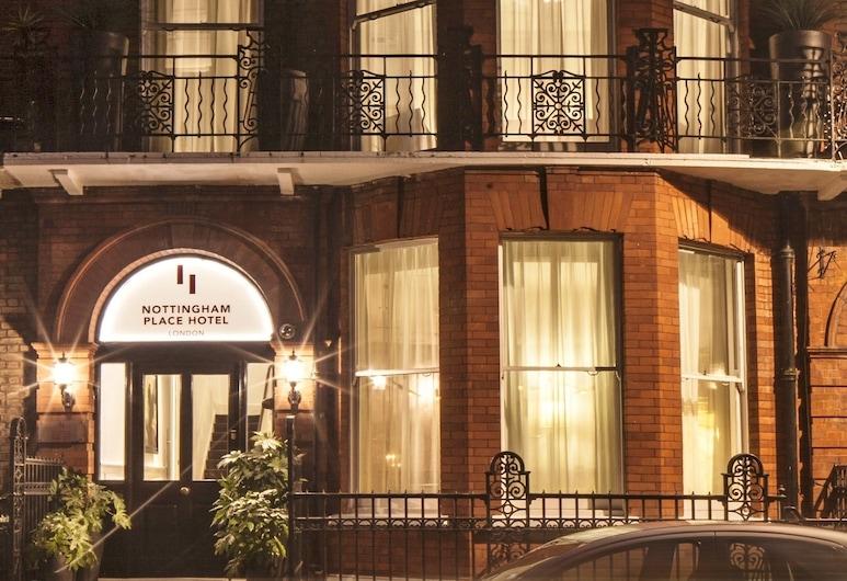 Nottingham Place Hotel London, London, Fassaad õhtul/öösel