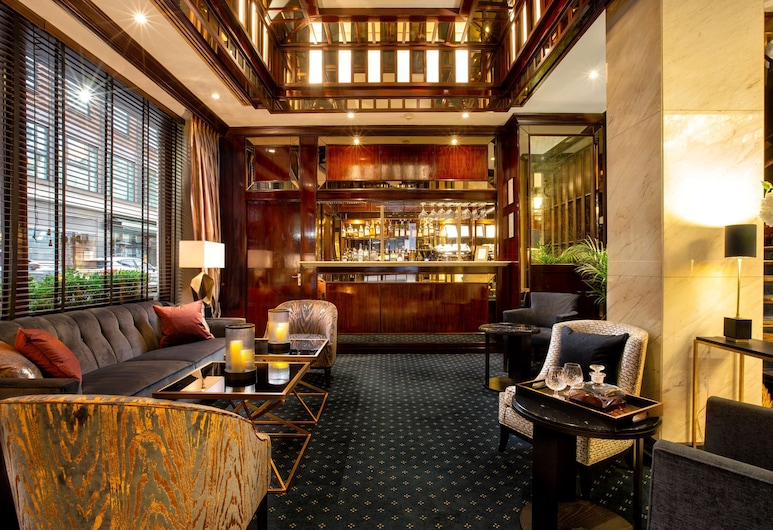 The Rathbone Hotel, Fitzrovia, Londonas, Viešbučio baras
