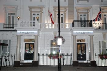 Mynd af Luna-Simone Hotel í London