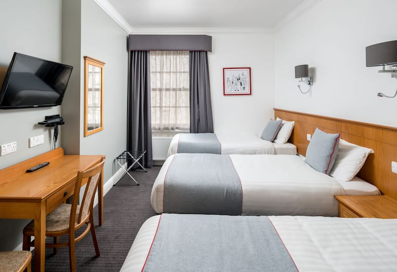 OYO Townhouse New England Victoria, London, Deluxe Triple Room, Guest Room
