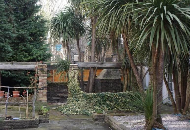 Swinton, Londres, Jardin