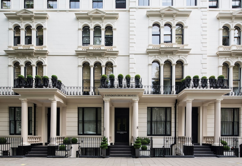 London House Hotel, London, Hotel Front