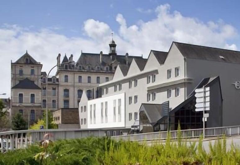 大洋洲艾斯卡勒瓦納飯店, Vannes