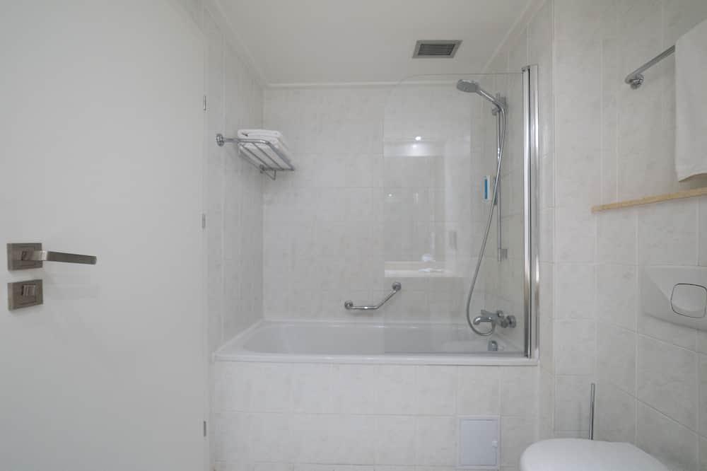 Easy Room - Bilik mandi