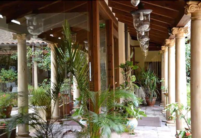 Katane Palace Hotel, Catania, Teren przynależny do obiektu
