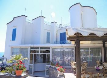 세라라 폰타나의 호텔 로렐리 사진