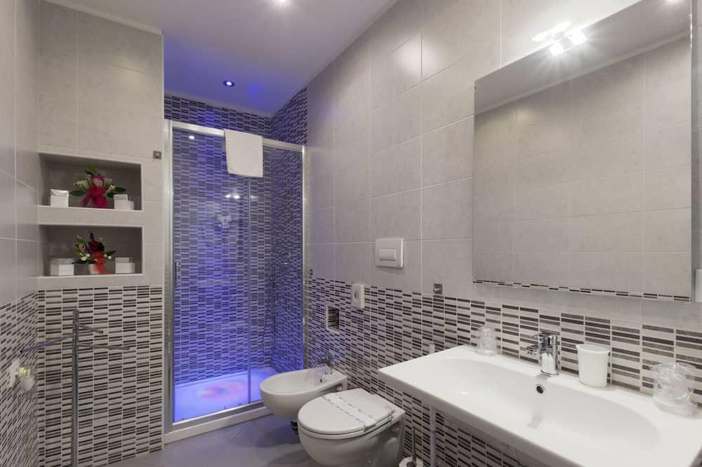Habitación cuádruple clásica, 1 habitación - Baño