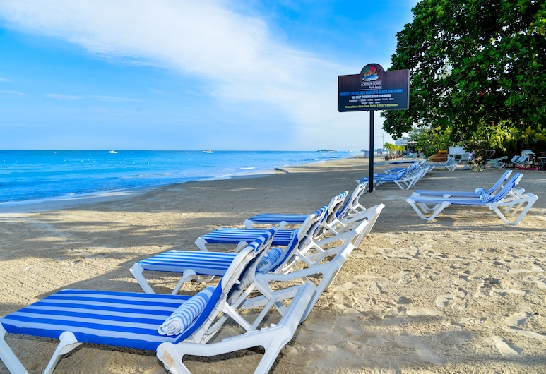 CocoLaPalm Seaside Resort, Negril, Strand