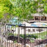 شقة - عدة أسرّة - منظر للجبل (Three-Bedroom Apartment) - حمام سباحة