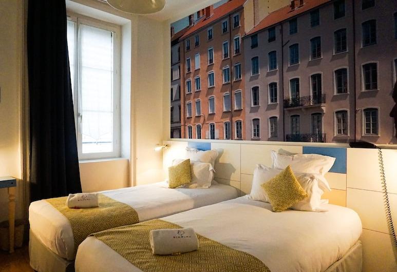Hotel du Simplon, Lyon, Двомісний номер категорії «Superior» з 2 односпальними ліжками, Номер