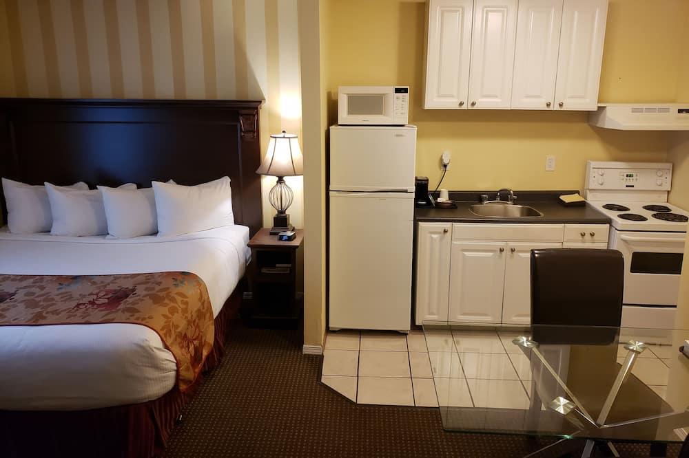 Szoba, több ágy, konyha - Közös használatú konyha