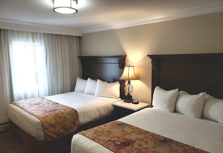 Arbutus Inn, Victoria, Standard Room, 2 Queen Beds, Guest Room