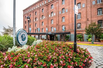 Picture of Inn at Henderson's Wharf, an Ascend Hotel Collection Member in Baltimore