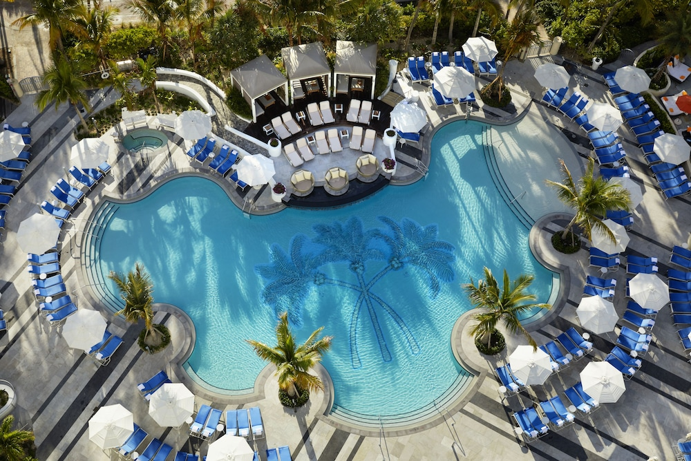 Loews Miami Beach Hotel – South Beach, Miami Beach