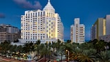Choose This Beach Hotel in Miami Beach -  - Online Room Reservations