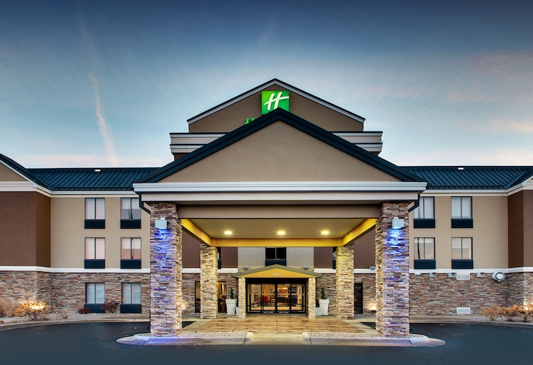 Holiday Inn Express & Suites - Interstate 380 at 33rd Avenue, סידר רפידס