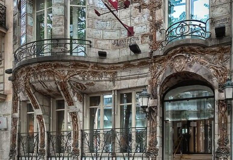 塞拉米克愛麗舍酒店, 巴黎, 酒店入口