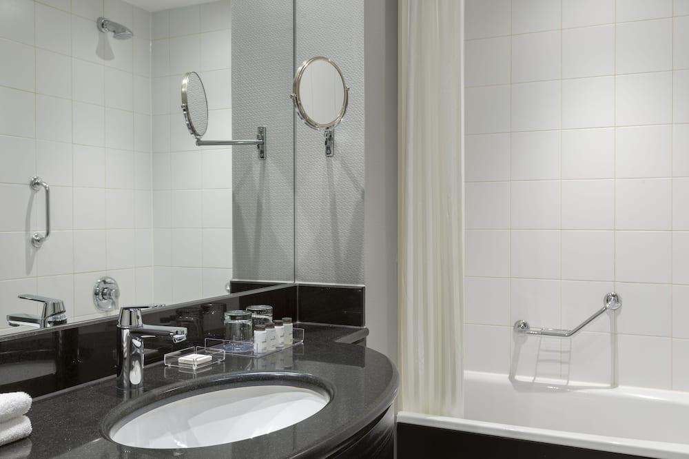 エグゼクティブ スイート 1 ベッドルーム 禁煙 - バスルーム
