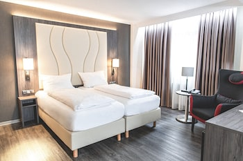 弗利德李希港布徹霍奈爾霍爾廣場酒店的圖片