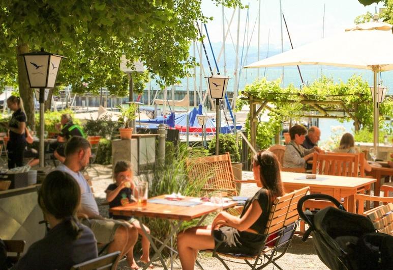 PLAZA Hotel Buchhorner Hof, Friedrichshafen, Restaurante al aire libre