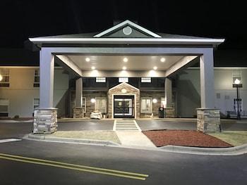 Picture of Country Inn & Suites By Carlson, Birmingham-Hoover, AL in Birmingham
