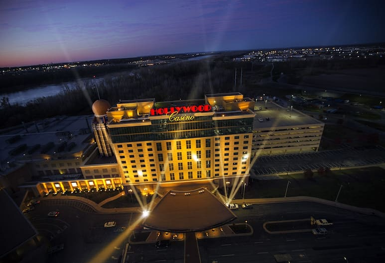 Hollywood Casino & Hotel St. Louis, Maryland Heights, Εξωτερικός χώρος
