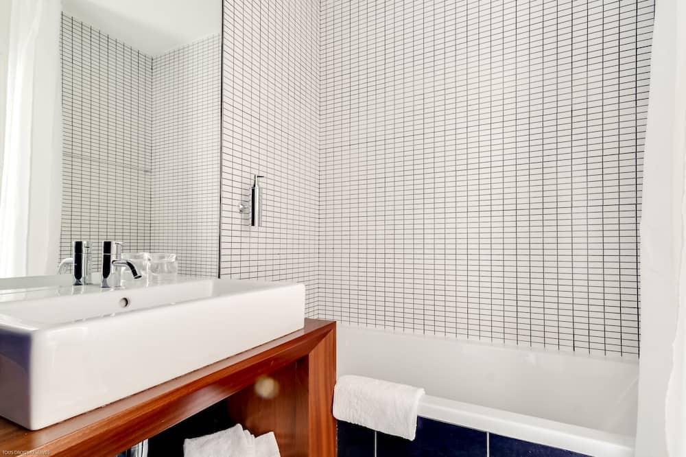 Standard szoba kétszemélyes ággyal - Fürdőszoba