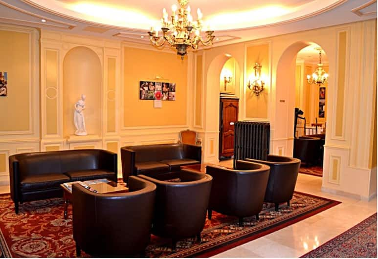 Hotel Touring, Paris, Lobby Sitting Area