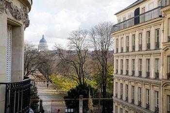 파리의 호텔 페레이브 사진