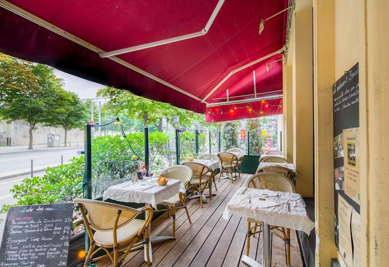 Hotel Claret, Paris, Terrace/Patio