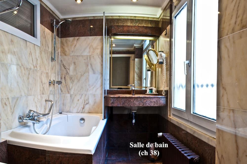 Habitación Deluxe doble, 1 cama de matrimonio - Cuarto de baño